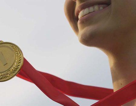 Tus felicitaciones mueven el mundo y merecen su recompensa
